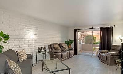 Living Room, 4354 N 82nd St 164, 1