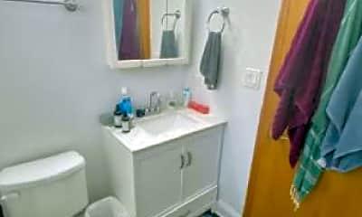 Bathroom, 2456 W Moffat St, 1