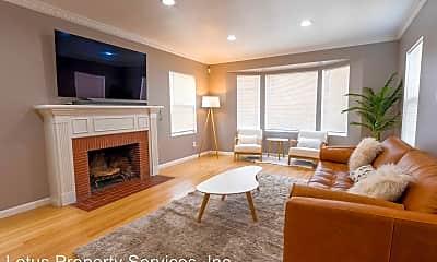 Living Room, 9116 S Van Ness Ave, 1