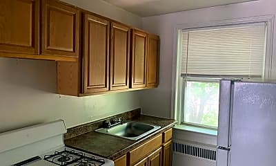Kitchen, 5051 Oxford Ave, 1
