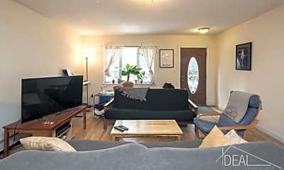 Living Room, 588 Warren St, 0