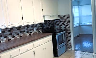 Kitchen, 4336 NW 18th St, 2