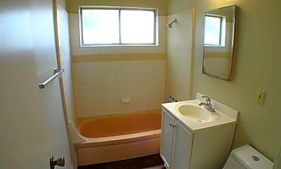 Bathroom, 670 E 5th Ave, 2