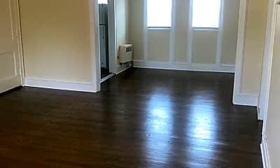 Living Room, 3807 N Prospect Ave, 0