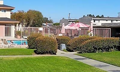 Building, 21740 S Figueroa St, 1