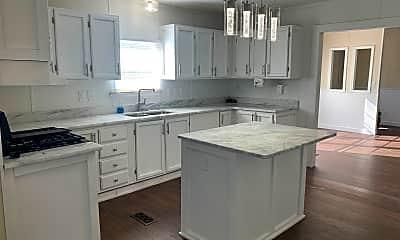 Kitchen, 13477 Hwy 31, 1