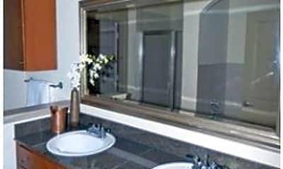 Bathroom, Marquis Lofts On Sabine, 2