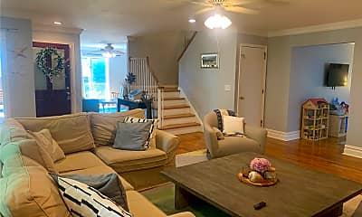 Living Room, 2300 Pine Tree Rd, 1