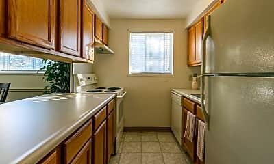 Kitchen, Cedar Commons, 2