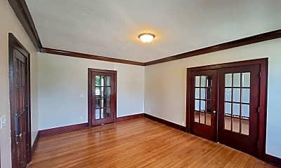Living Room, 2218 Pierce St, 1