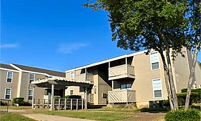 Building, 1250 N Albert Pike Ave, 0