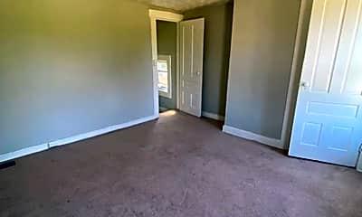 Living Room, 616 St Joseph Ave, 2