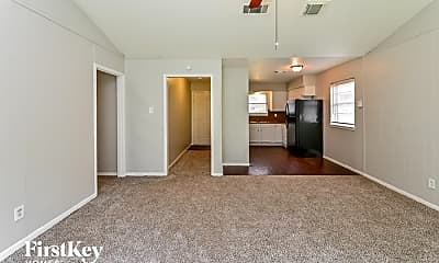 Living Room, 12811 Claygate Dr, 1
