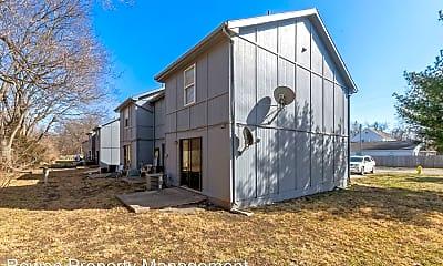 Building, 13819 S U.S. 71 Hwy, 2
