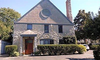 Building, 125 Circular St 3, 1