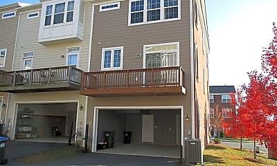 Building, 42748 Hay Rd, 2