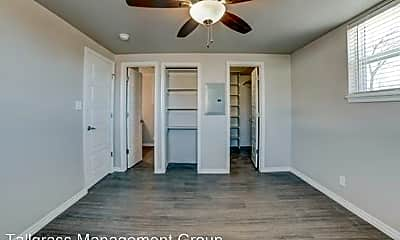 Bedroom, 2420 E 8th St, 1
