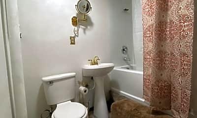Bathroom, 1406 E Olympic Ave, 2