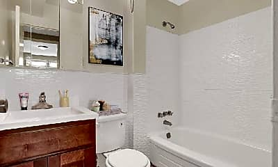 Bathroom, 2600 Welsh Rd, 1
