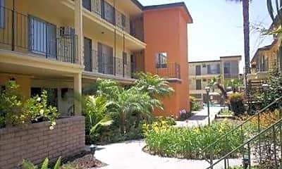 Velvet Green Apartments, 1