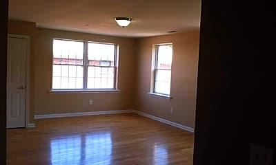 Living Room, 478 Essex St D, 1
