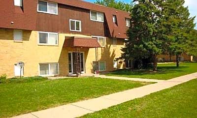 McIntosh Apartments, 0