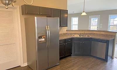 Kitchen, 131 Rockland Dr, 1