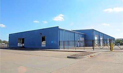 Building, 11342 E Pike Rd, 1