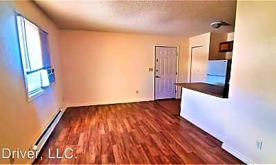 Living Room, 3900 Tepee St, 1