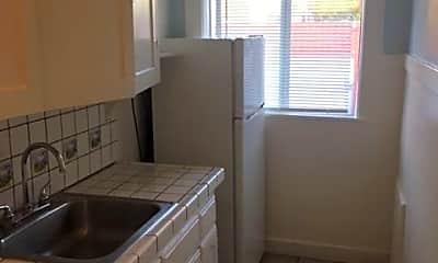 Kitchen, 4266 Melrose Ave, 2