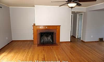Living Room, 701 NW 43rd St, 1