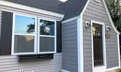 Patio / Deck, 21651 W Highland Dr, 1