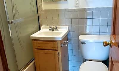 Bathroom, 521 E 117th St, 2