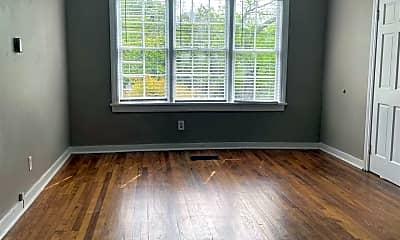 Living Room, 1033 Monroe St, 1