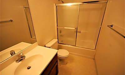 Bathroom, 1111 Mission Rd 5, 2