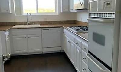 Kitchen, 10717 Wilshire Blvd 904, 1
