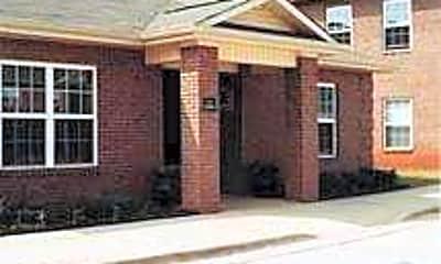 Oak Parc Apartments, 2