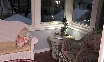 Living Room, 98 Morehouse St, 1