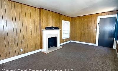 Living Room, 647 Kirby Pl, 1