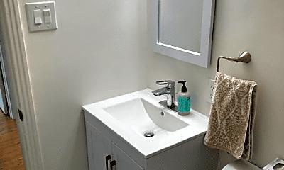 Bathroom, 937 Cypress Ave, 2