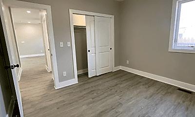 Bedroom, 3949 Boulevard Pl, 1