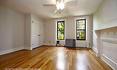 Living Room, 283 6th St, 1