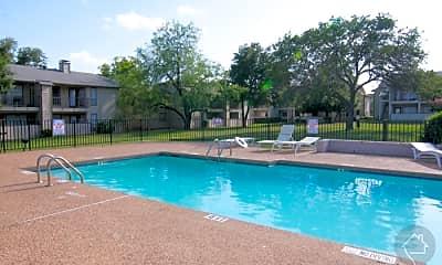 Pool, 1400 E Lamar Blvd, 2