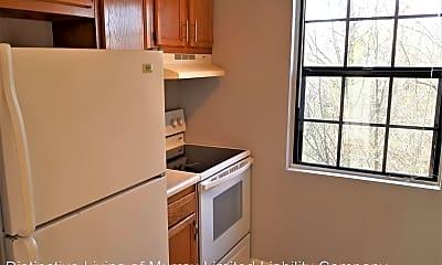 Kitchen, 1546 Diuguid Dr, 1