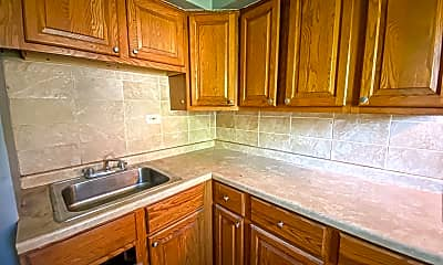 Kitchen, 4675 N 19th Pl., 2