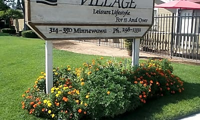 Creek Park Village, 1