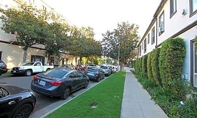 Building, 836 Sanborn Ave, 1
