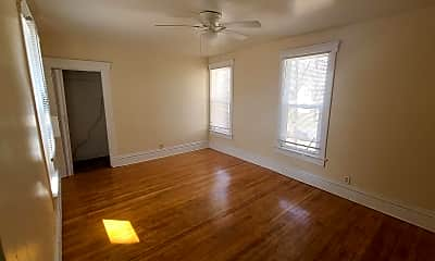 Bedroom, 2906 Cottage Grove Ave, 0