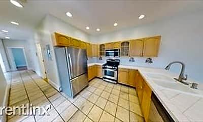 Kitchen, 504 Talbot Ave, 1