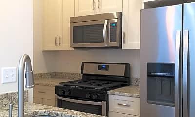 Kitchen, 1458 N Maplewood Ave, 0